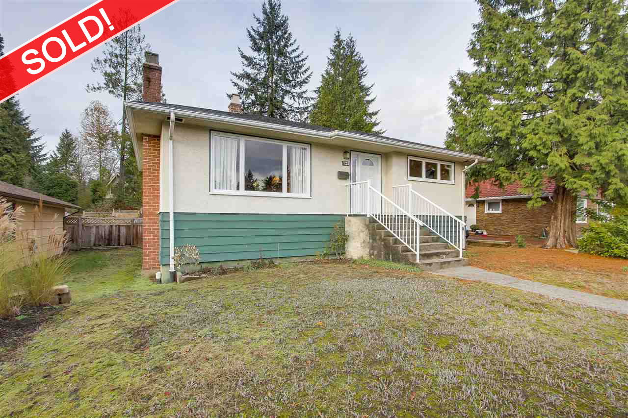 738 LYNN VALLEY ROAD, North Vancouver